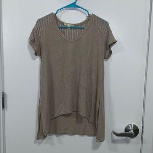 Francesca's beige top
